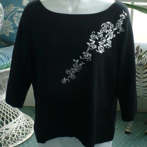 ❤️Designers Originals Black Sweater Size PXL
